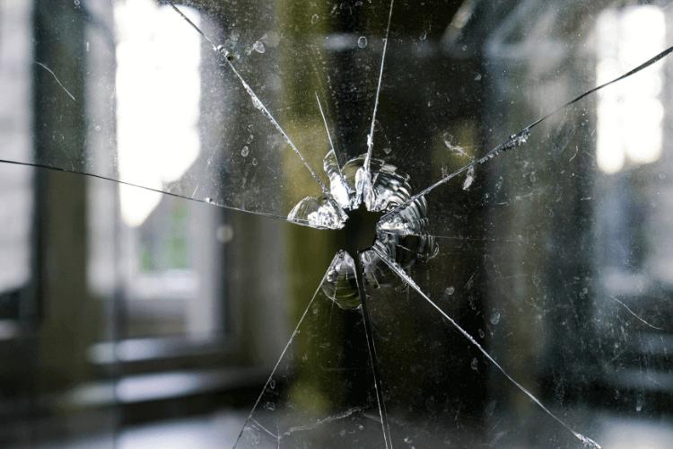 ガラス破りの手口は2種類